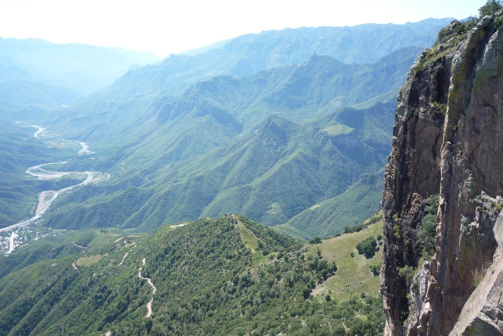 Vara kanjons (Barranca del Cobre)