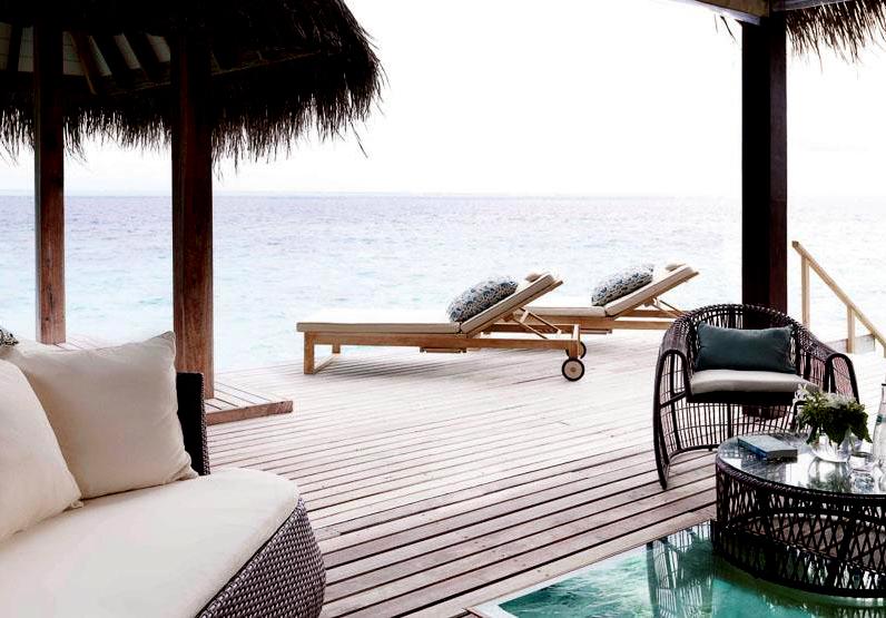 Jumeirah Vittaveli lagoon suite